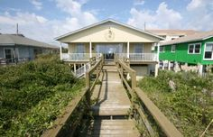 Casalona is Pet Friendly, and has tremendous ocean views from the decks. Wilmington Beach, Oceanfront Vacation Rentals, Carolina Beach, Great Vacations, Beach House, Cabin, House Rentals, House Styles, Spaces