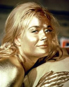 Shirley Eaton, covered in Gold, in Goldfinger