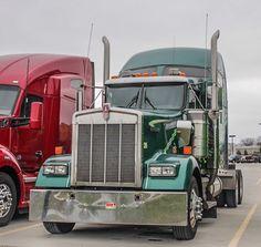 CSM Truck (@CSM_Truck) on Twitter Heavy Duty Trucks, Sale Promotion, Peterbilt, Semi Trucks, Offroad, Tractors, Canada, Usa, American