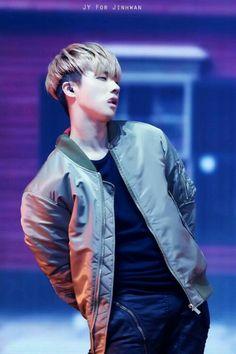 He's not Taehyung of BTS. Hip Hop, K Pop, Bobby, Deadpool, Winner Ikon, Ikon Wallpaper, E Dawn, Kim Hanbin, Kim Jin