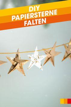 Wir zeigen euch, wie ihr aus Geschenkpapier festliche Girlanden, weihnachtliche Grußkarten und liebevolle Verpackungen für eure Weihnachtsgeschenke basteln könnt. Alles, was es dafür braucht, ist unsere Faltanleitung für Papiersterne und etwas Geschick beim Falten! #libroat #Sterne #papiersterne #origami #falten #weihnachten #diy #weihnachtsdeko #christmas #stern #geschenkpapier Origami, Movie Posters, Ornaments, Poinsettia, Present Wrapping, Christmas Time, Packaging, Tutorials, Christmas