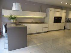 Ex Display Alno Art Pro in Magnolia White, Granite Worktops and Appliances