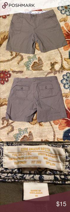 """Eddie Bauer ripstop shorts Eddie Bauer ripstop shorts in ash brown. Size 14, Waist 36"""", length 16 1/2"""". Eddie Bauer Shorts"""