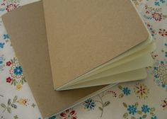 To: Make Your Own Moleskine-Like Notebooks. How To: Make Your Own Moleskine-Like Notebooks.How To: Make Your Own Moleskine-Like Notebooks. Homemade Journal, Diy Notebook, Moleskine Notebook, Book Journal, Journal Covers, Handmade Books, Diy Projects To Try, Craft Projects, Book Projects