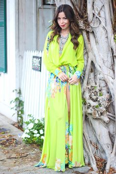 Look do dia - Blog Monalisa de batom e Moikana #ootd #floralprint #fendas #verdelima