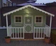 Pallets playhouse