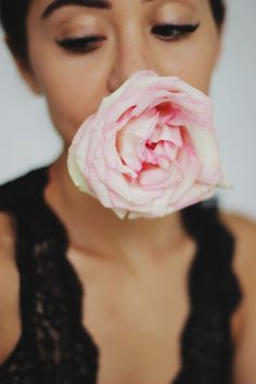Pink rose. Bloom. Details. Photographer in Moscow
