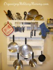 Pallet Pot and Pan Holder - 60+ Innovative Kitchen Organization and Storage DIY Projects