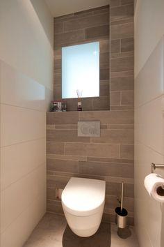 Eine Toilette im modernen Look, ohne viel Schnickschnack. #modernbathroom #toilet #design