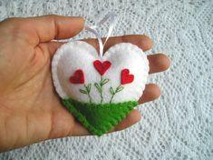 Flower Heart Felt Ornament Heart Decor Heart Embroidery Home Felt Christmas Decorations, Felt Christmas Ornaments, Valentine Decorations, Felt Diy, Handmade Felt, Valentine Crafts, Christmas Crafts, Felt Gifts, Felt Embroidery