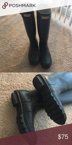 Hunter wellies In great condition! Matte black finish. Size 8.5 Hunter Shoes Winter & Rain Boots