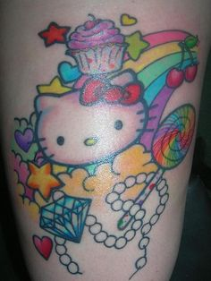 Tatuagens de Hello Kitty tinta na pele 30