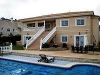 Villa for Sale in Almoradi, Alicante, Spain with 6 bedrooms, 5 bathrooms - A Spanish Life