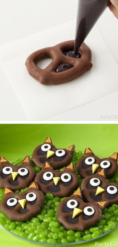 Pretzel Owl Candies // SO cute! (dessert ideas for party how to make) Dulces Halloween, Halloween Desserts, Halloween Food For Party, Halloween Treats, Fall Treats, Holiday Treats, Holiday Recipes, Owl Birthday Parties, Birthday Treats