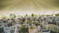 ¡Garden wedding!/ Boda en jardín bajo carpa Más ideas en www.señoryseñorade.com