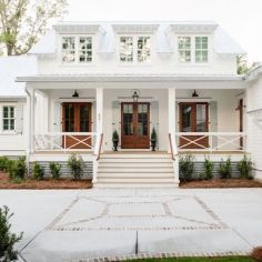The farmhouse exterior design totally reflects the entire style of the house and the family tradition as well. The modern farmhouse style is not only. Cottage Exterior, Modern Farmhouse Exterior, Coastal Farmhouse, Farmhouse Plans, Coastal Cottage, Coastal Homes, Coastal Country, Exterior Homes, White Farmhouse