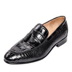 Genuine Alligator Skin Slip-on Loafer Dress Shoes for Men Mens Fashion Shoes, Fashion Sandals, Fashion Boots, Shoes Men, Dress Fashion, Women's Shoes, Womens Fashion, Design Your Own Shoes, Men Dress