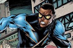 Cress Williams Puts On The Black Lightning Costume Black Lightning Static Shock, African American Heroes, Cress Williams, William Black, Black Comics, Zachary Levi, New 52, Dc Comics Art, Dc Characters