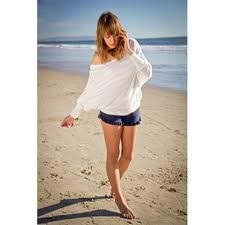 Off shoulder Sweater/Shirts- can't wait for summer and outfits like this!