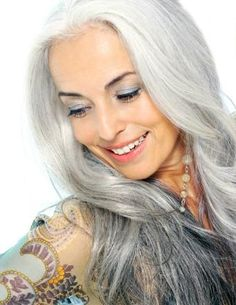 Yasmina Rossi I love her hair if mine looked like that with the gray I'd leave it alone