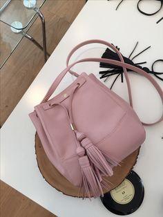 Walking Closet, Bucket Bag, Fashion Backpack, Backpacks, Bags, Handbags, Walk In Wardrobe Design, Backpack, Backpacker
