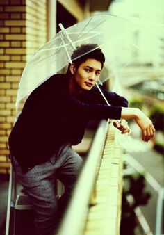 My japanese cookie Masaki Okada with an umbrella <3