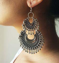 Ghungroo Earrings Chandbali EarringsJhumkas Statement Earrings Jewelry Earrings boho jewelry Ghungroo Earrings C Indian Jewelry Earrings, Jewelry Design Earrings, Indian Wedding Jewelry, Pendant Earrings, Boho Earrings, Jewelry Art, Silver Earrings, Jewelry Accessories, Statement Earrings