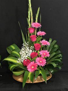 Valentine Flower Arrangements, Tropical Flower Arrangements, Creative Flower Arrangements, Flower Arrangement Designs, Funeral Flower Arrangements, Beautiful Flower Arrangements, Flower Centerpieces, Flower Decorations, Beautiful Flowers