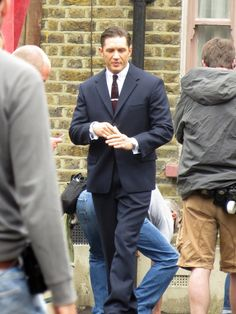 Tom Hardy bts legend