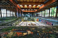 Creepy Abandoned Hotels Across the U.S. | Oyster.com