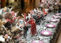 weihnachtliche tischdekoration zum selbermachen-diy-christbaum-dekorative blumensträuße