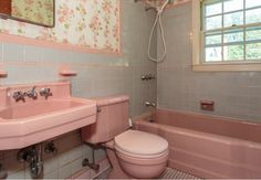 8 ways to spruce up an older bathroom without remodeling...