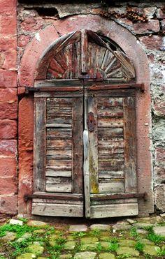 Weathered door - Odenwald, Germany