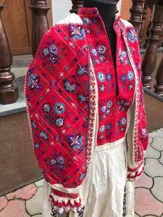 З фб Коля Юра Folk Costume, Costumes, Vera Bradley Backpack, Bags, Fashion, Handbags, Moda, Dress Up Clothes, Fashion Styles