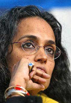 http://southasiarev.files.wordpress.com/2010/12/arundhati-roy.jpg
