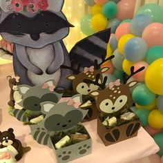 Bambi, Baby Boy Shower, Homemade Gifts, Diy And Crafts, Minnie Mouse, Alice, Diy Projects, Disney Characters, Party