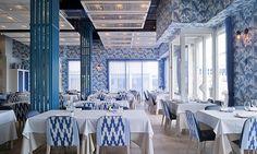 Морской ресторан в Валенсии http://www.admagazine.ru/inter/91695_morskoy-restoran-v-valensii.php  Средиземноморский пейзаж как часть интерьера ресторана в Валенсии.
