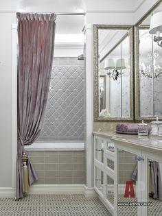 Фото интерьера ванной квартиры в стиле неоклассика
