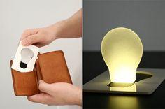 Uma verdadeira luz de bolso que podes na realidade colocar, não só no bolso como, dentro da tua carteira junto dos cartões!    Pocket Lighté um dispos