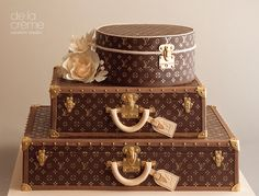 One of my favorites is De La Creme Studios. Her cake design is unmatched in STL! Luggage Cake, Suitcase Cake, Lv Luggage, Louis Vuitton Luggage, Louis Vuitton Handbags, Louis Vuitton Torte, Creative Studio, Beautiful Cakes, Amazing Cakes