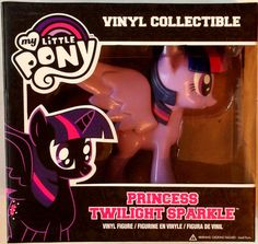 My Little Pony Friendship is Magic Princess Twilight Sparkle Vinyl Figure My Little Pony Collection, Princess Twilight Sparkle, My Little Pony Friendship, Deadpool Videos, Mlp, Vinyl Figures, Pumpkin, Magic, Pumpkins