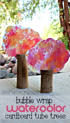 Bubble Wrap Watercolor Cardboard Tube Tree Craft #Fall craft for kids! | CraftyMorning.com