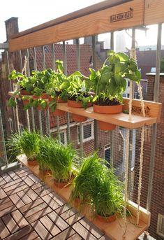 Balkon 55 Mini Bar On Balcony Design Ideas – Balkon ideen Balcony Planters, Small Balcony Garden, Small Balcony Decor, Balcony Design, Raised Garden Beds, Garden Design, Balcony Door, Balcony Gardening, Small Balconies