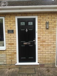 Real Composite Doors, Fitted to real homes!   We selected a range of Professionally fitted Doors from Global Door to showcase here. There available for both DIY or Fitted on our website where you can choose, design & order your perfect #frontdoor   12 months 0% Interest Free Credit available on all doors, doors at £40pcm  we've a design for every home. #compositedoors #globaldoors #fitteddoors #doorstopdoors #frontdoor #frontdoors