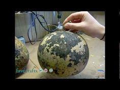 Cleaning the Exterior of a Gourd