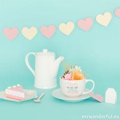 """Taza y plato """"Madre no hay más que una y a ti te quiero con locura"""" #mrwonderfulshop #big #mug #mothersday #gift"""