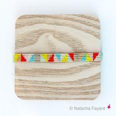 Bracelet graphique triangles multicolores par NatachaFayard
