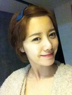 Hye Sun with her hair pin ^.~