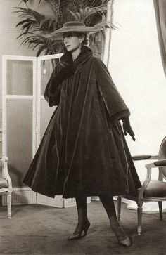 Christian Dior velvet evening coat, 1955