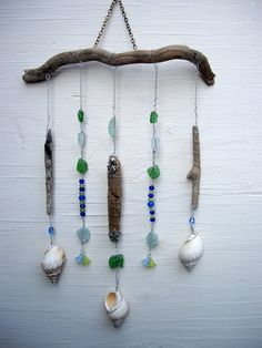 Driftwood Mobile Beach Charm Sea glass von SimplyCharmingukshop
